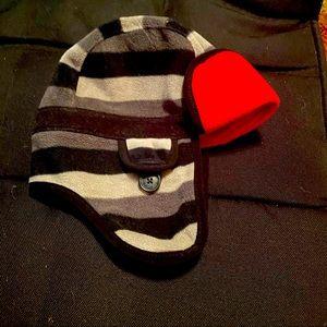 GAP KIDS Fleece Hat with Ear Flaps -